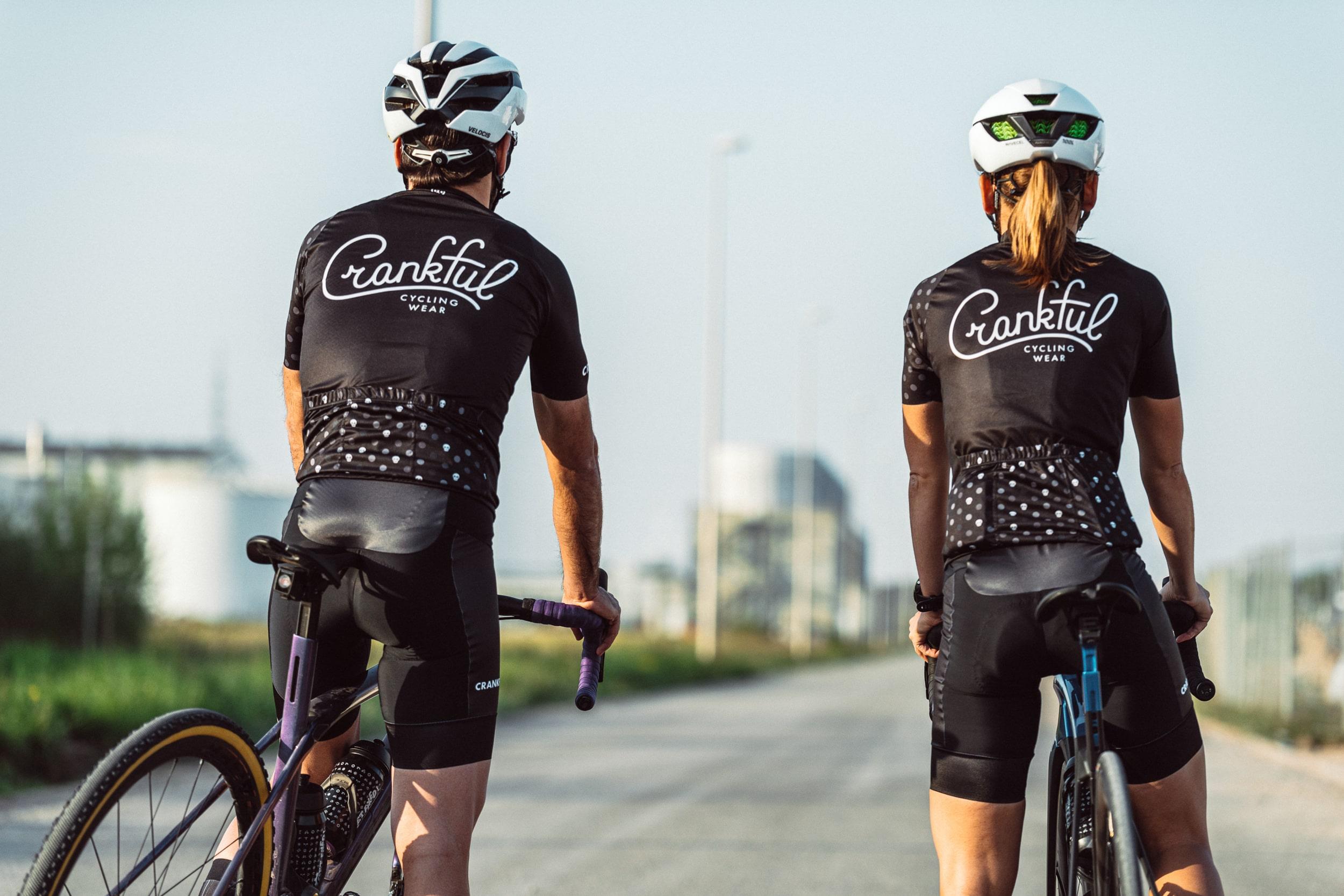 femke_nouters_crankfull_branding_sport_clothing_total